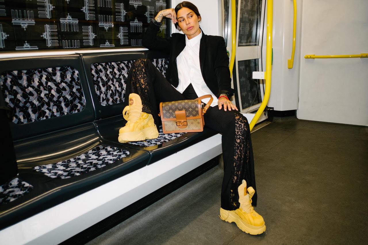 BUFFALO   shoes.