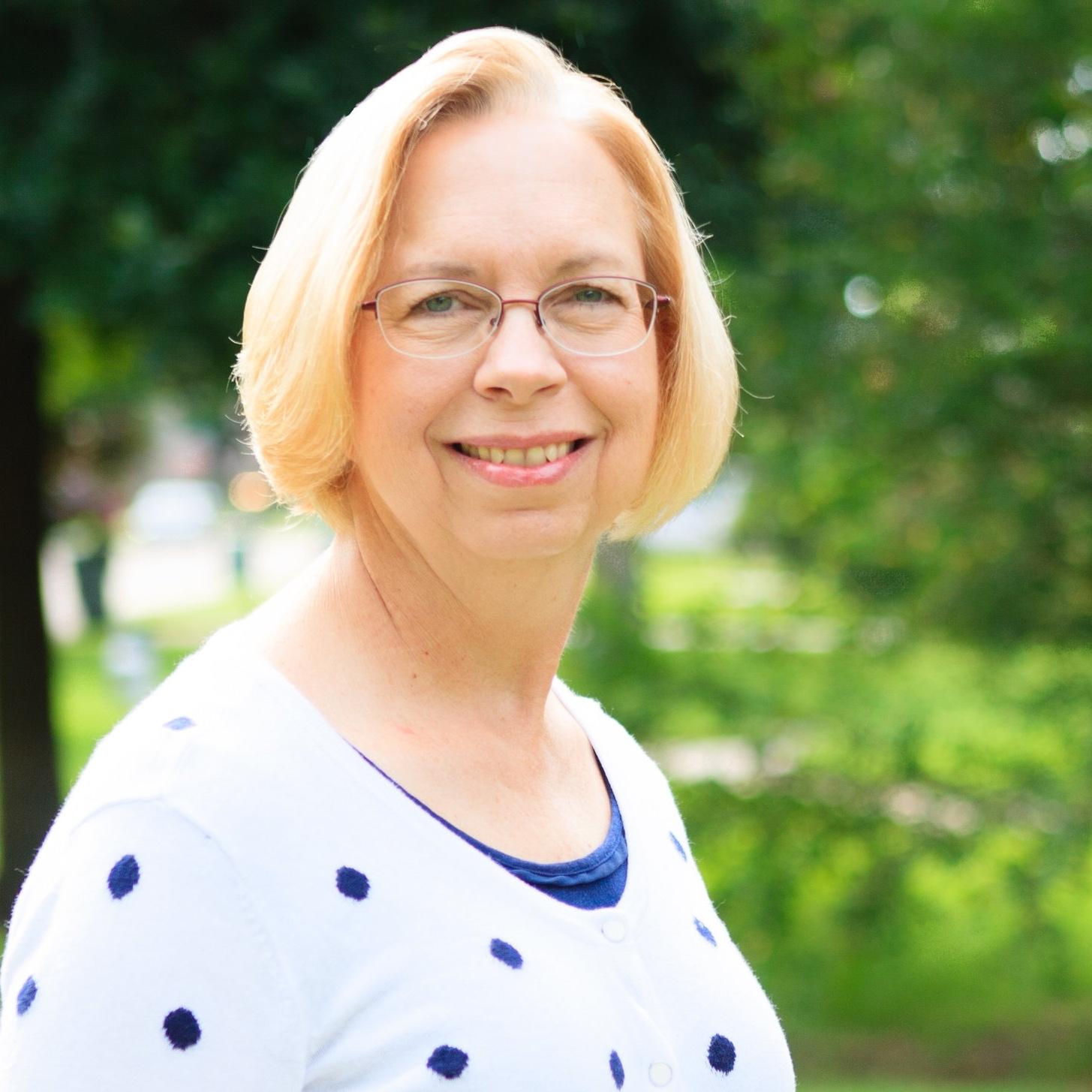 Renee Kloes  Chancel Choir Director  renee [at] fumcbeaumont.org