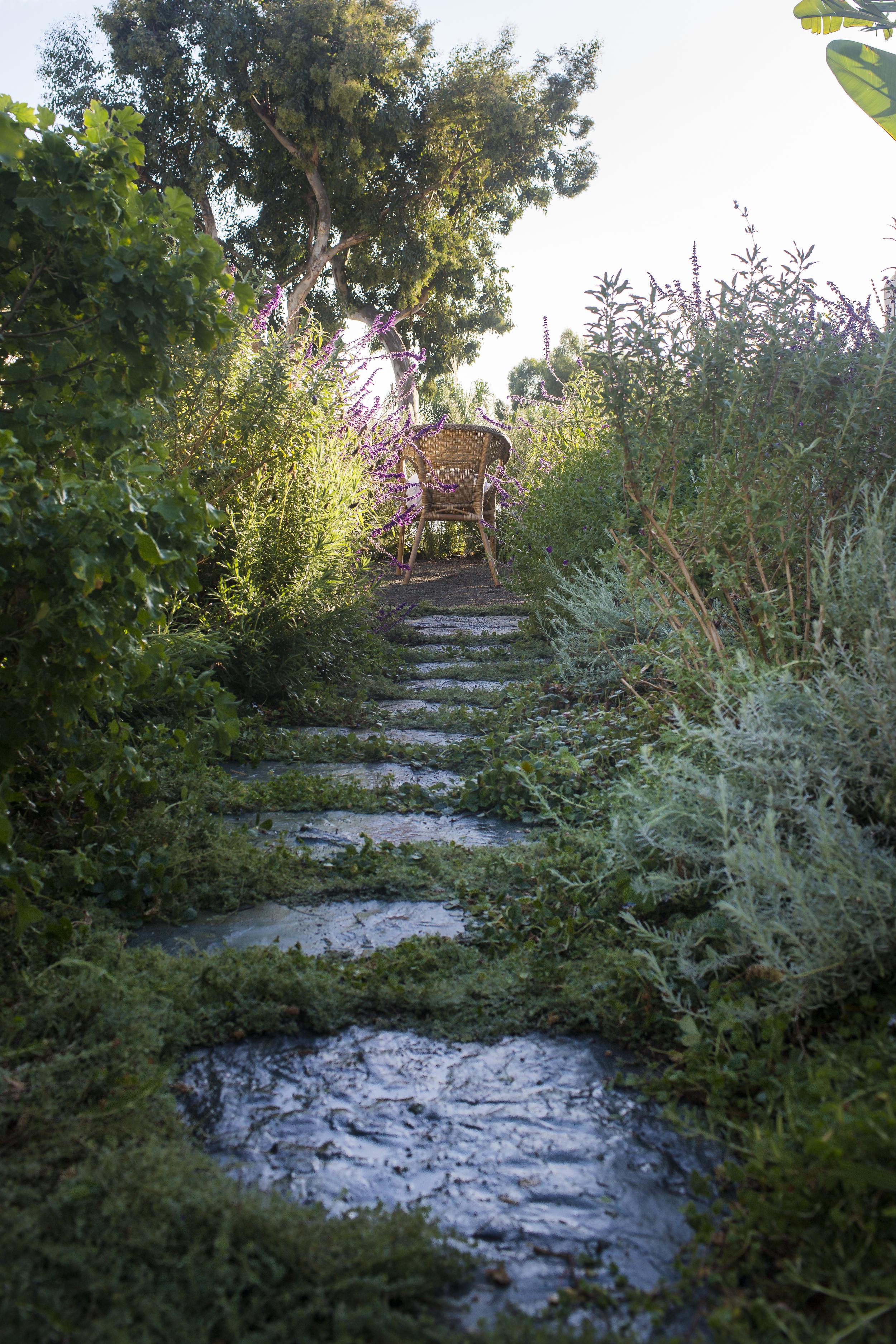 alohaflagstone path.jpg