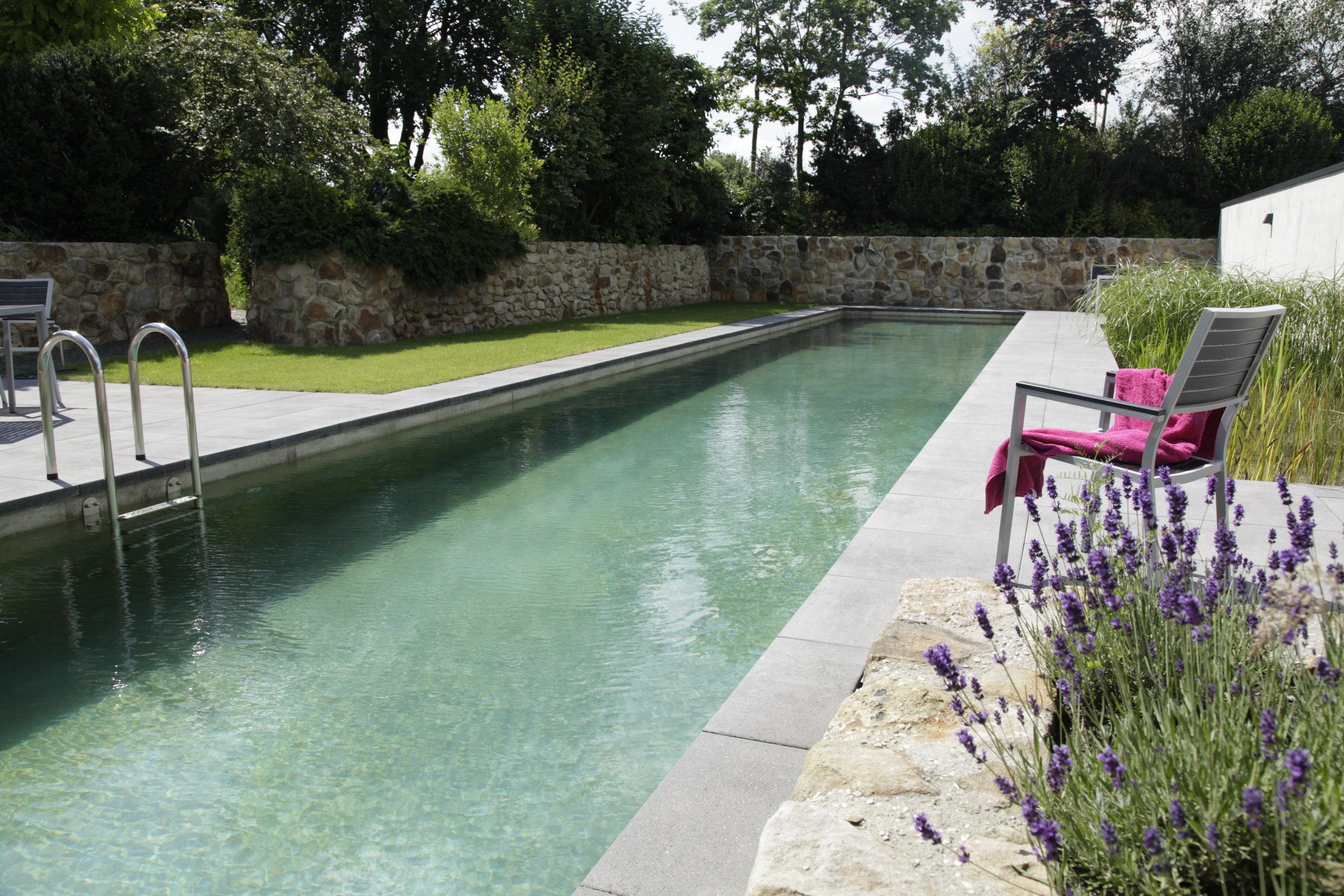 Living-Pool 041.jpg