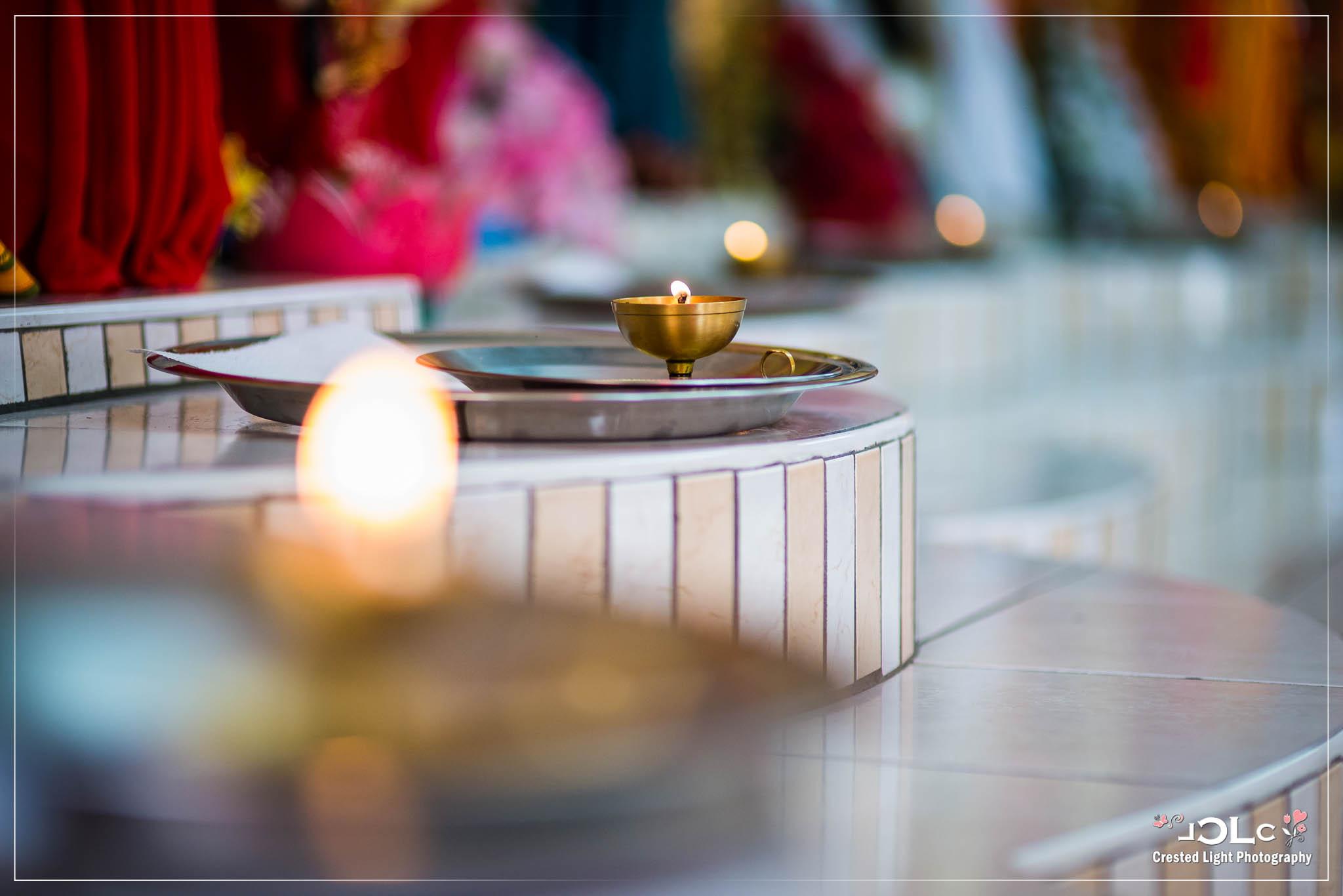 Devi mandir Trinidad Hindu wedding 01.jpg