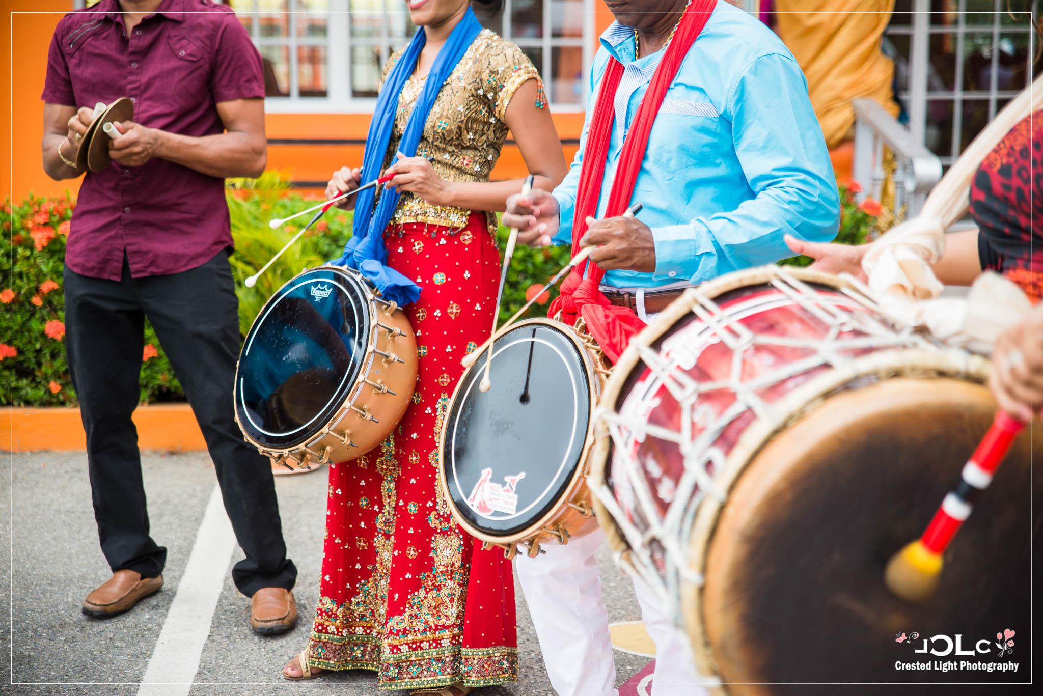 Devi mandir Trinidad Hindu wedding 02.jpg