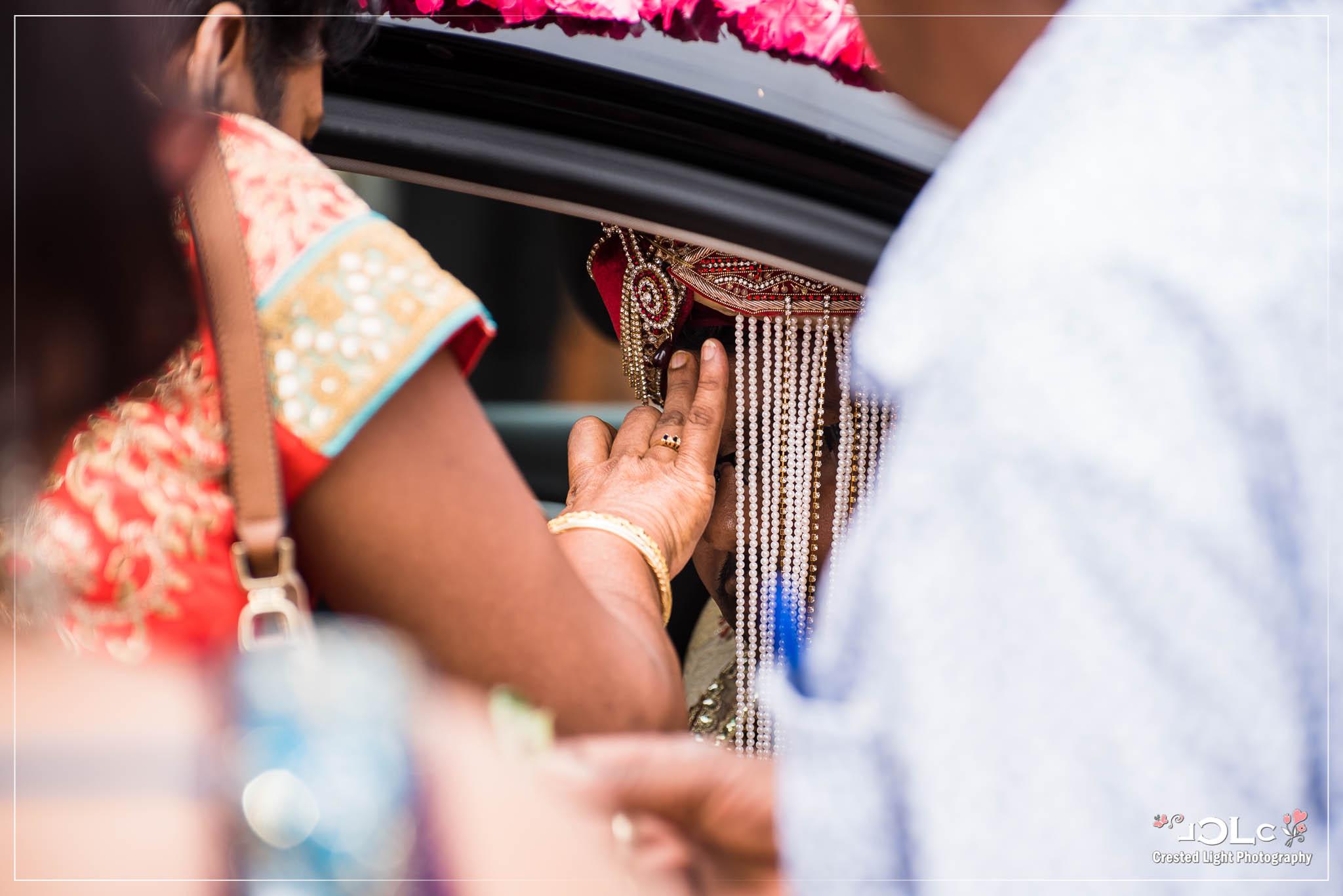 Devi mandir Trinidad Hindu wedding 06.jpg