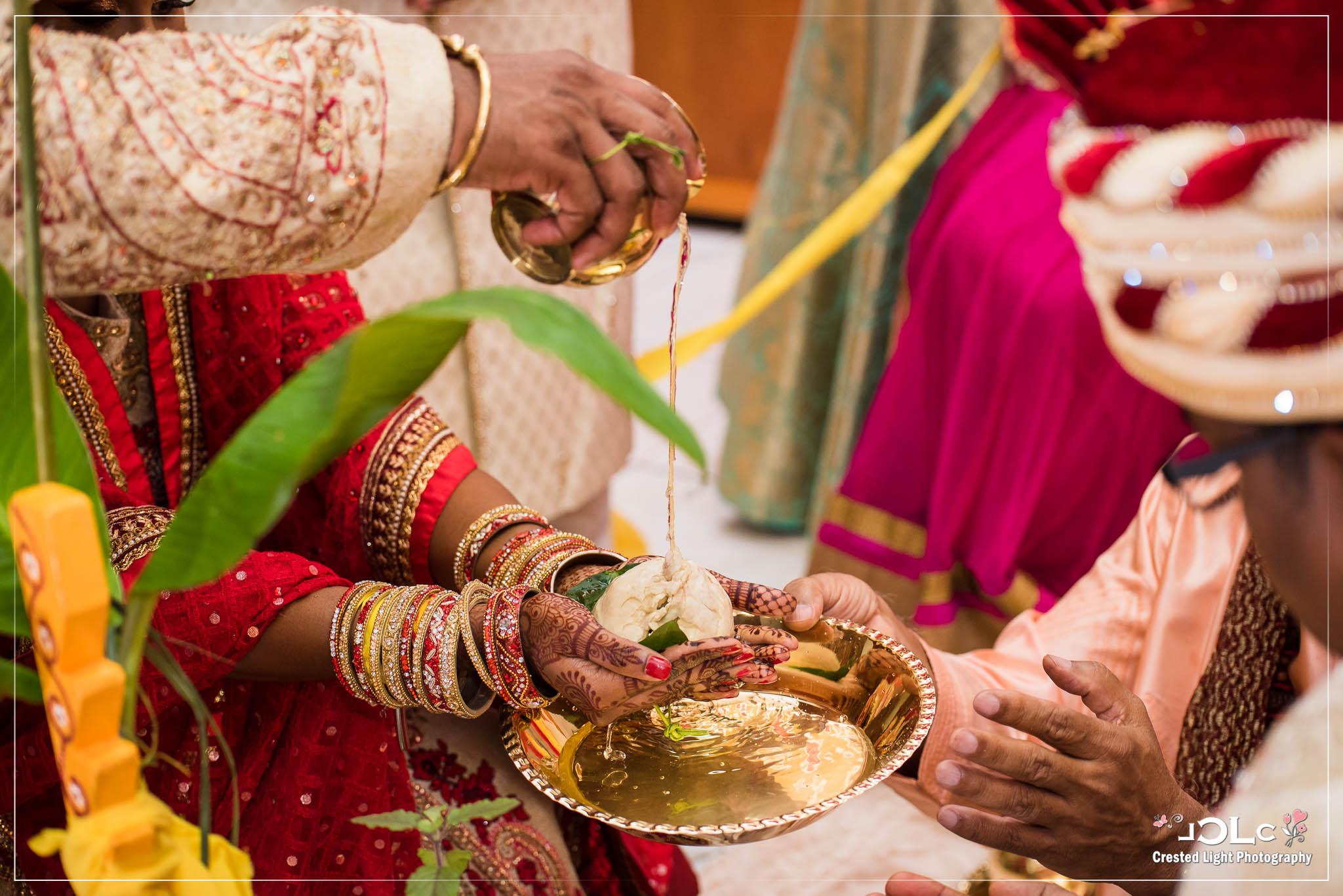 Devi mandir Trinidad Hindu wedding 21.jpg