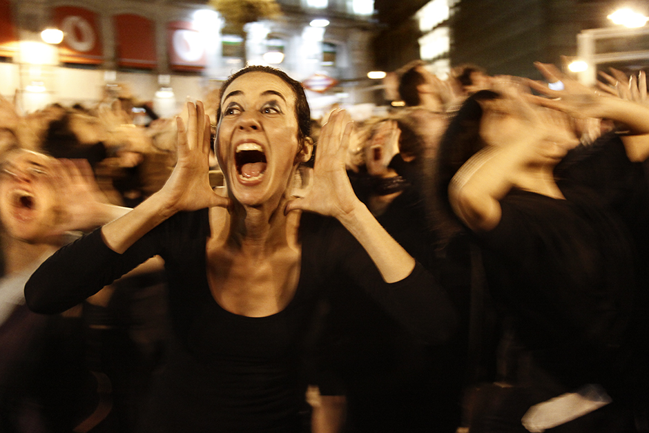 002spanishRevolution_15M_acampadasol_anazaragoza.jpg