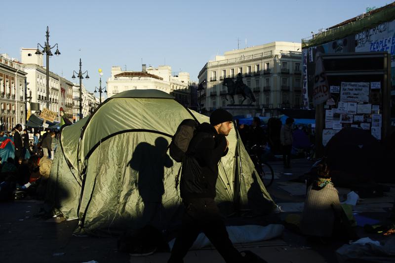 006spanishRevolution_15M_acampadasol_anazaragoza.jpg