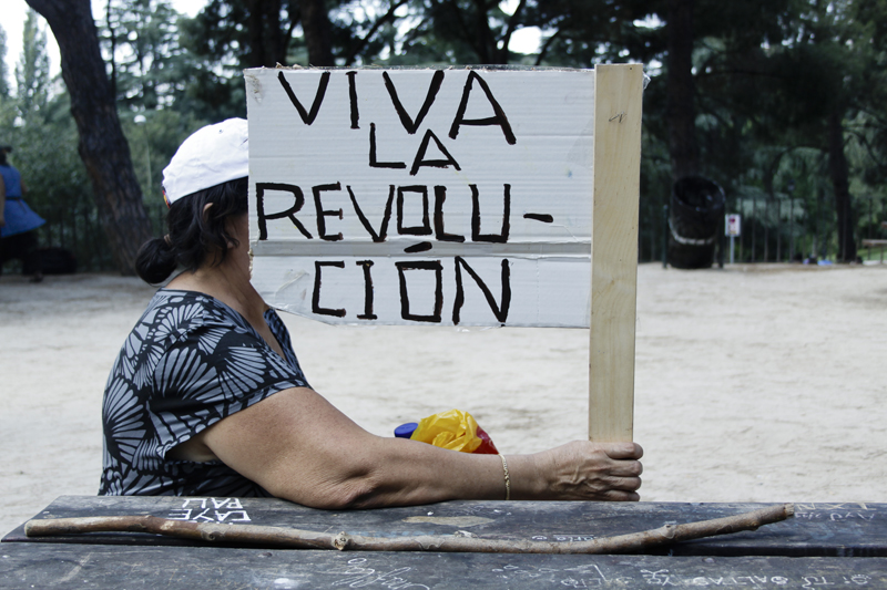 026spanishRevolution_15M_acampadasol_anazaragoza.jpg