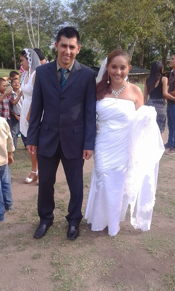 Padrino Yehring and Madrina Yessenia at a vow renewal celebration at Amigos de Jesus.