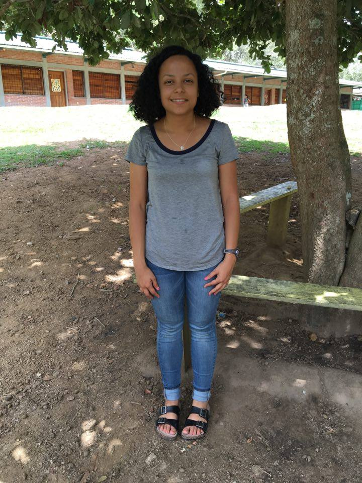 Lissa Jiménez, 22    Hometown:  Peabody, MA  University:  Saint Anselm College Graduated in May with a double major in psychology and Spanish  Escuelita role:  Co-leader of Escuelita and music teacher