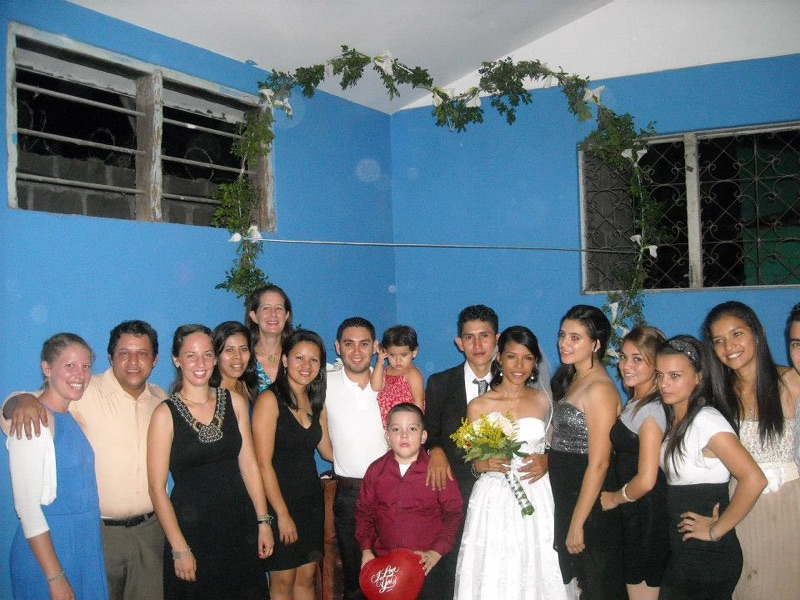 Profe Viviana with staff and volunteers from Amigos de Jesús at her wedding in 2014.
