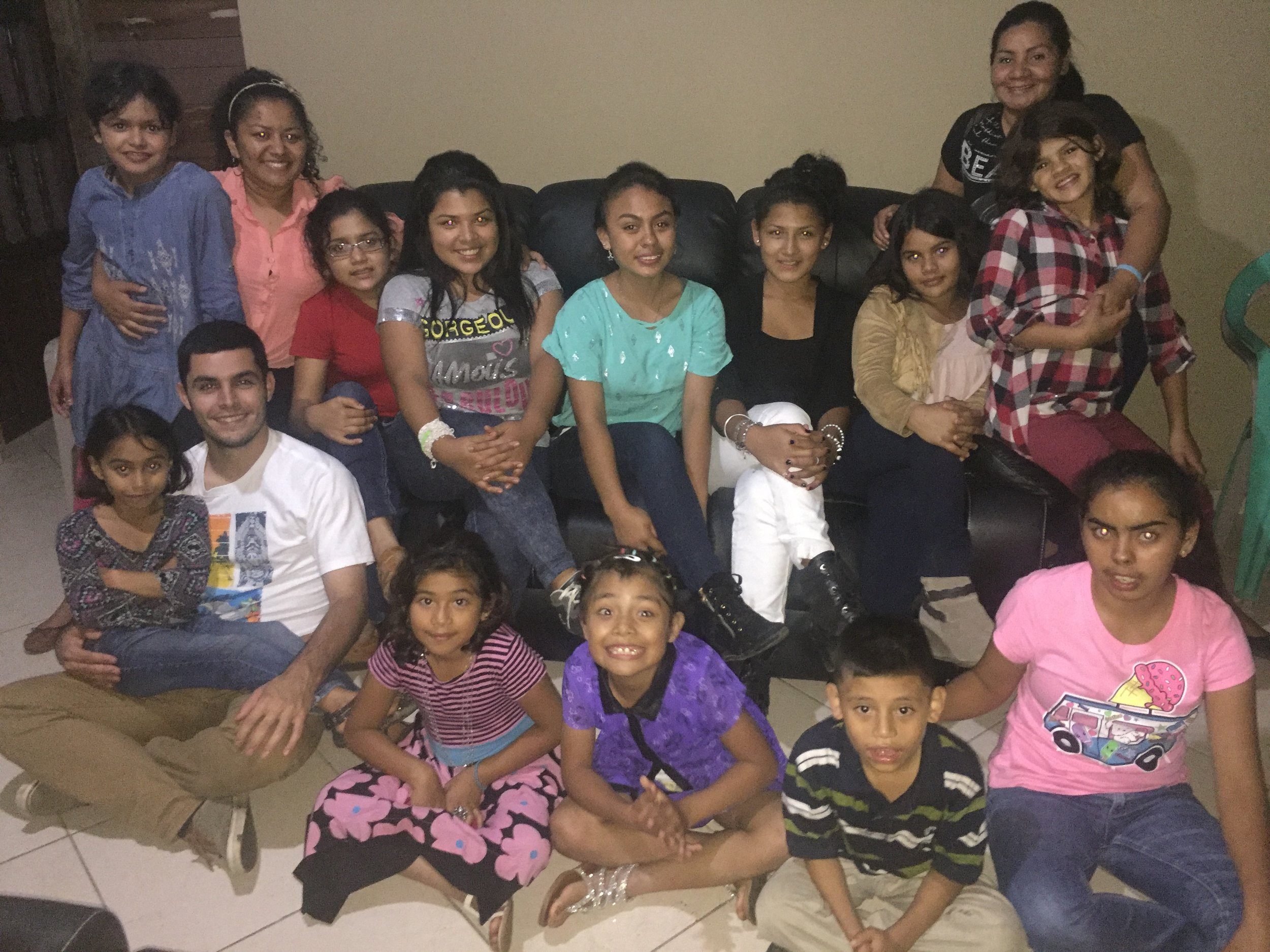 Mr. Zack with the girls and 'madrinas' of 'hogar' 1.