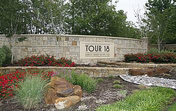 Tour18.jpg