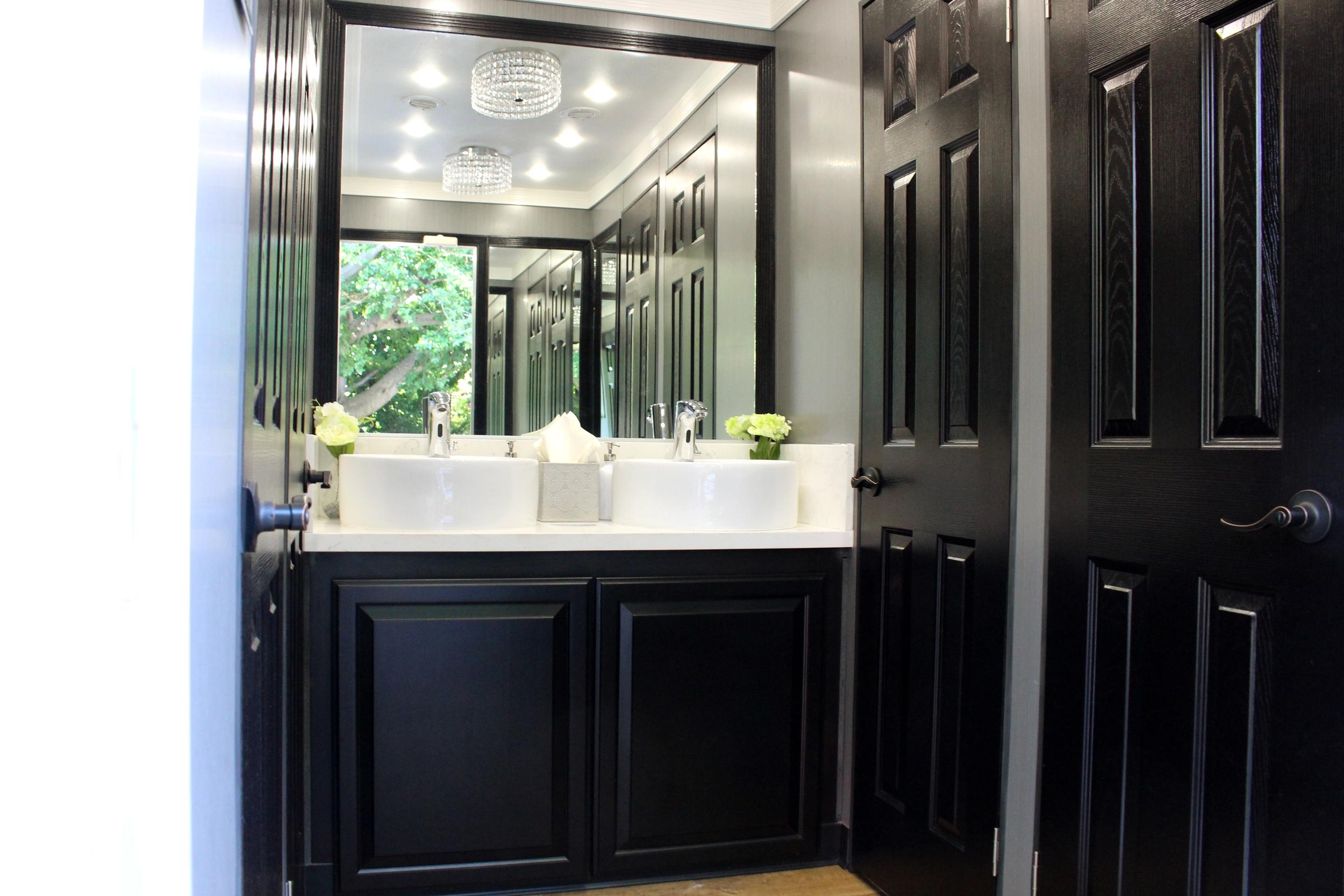 Luxury Portable Restroom Trailer Special Events, Meetings & Weddings