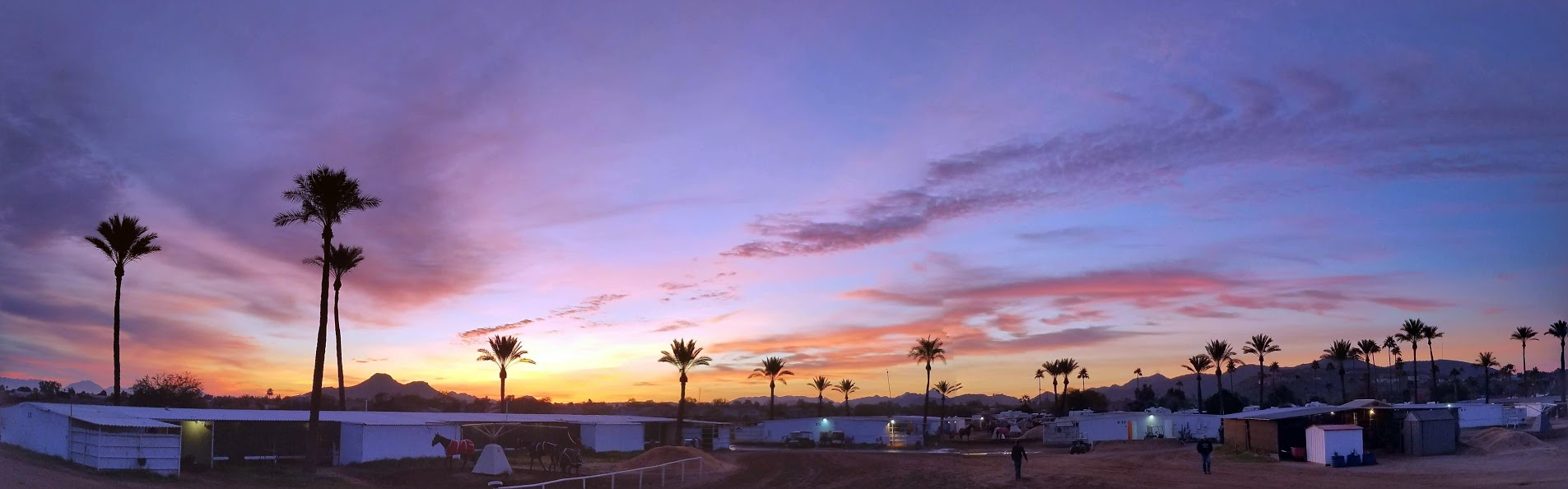 An average start to the day in Phoenix