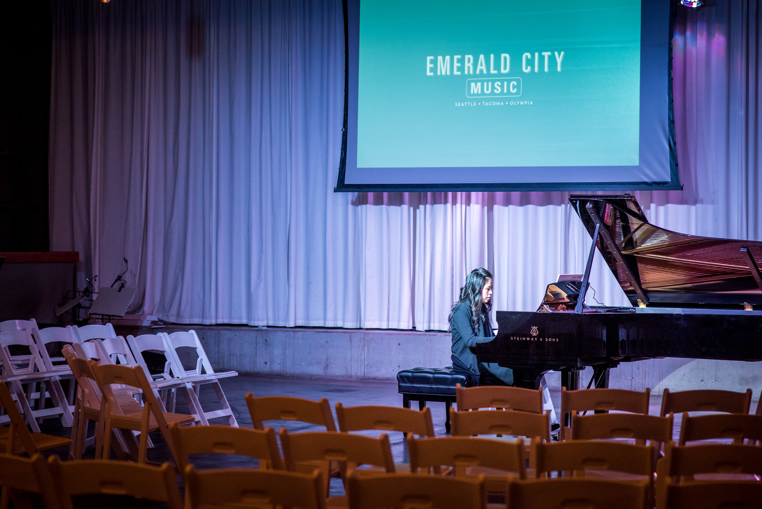 Pianist Gloria Chien warming up before Emerald City Music's inaugural season opening night in September 2016.