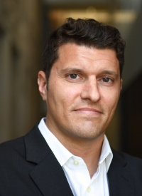 Jonathan Mummolo