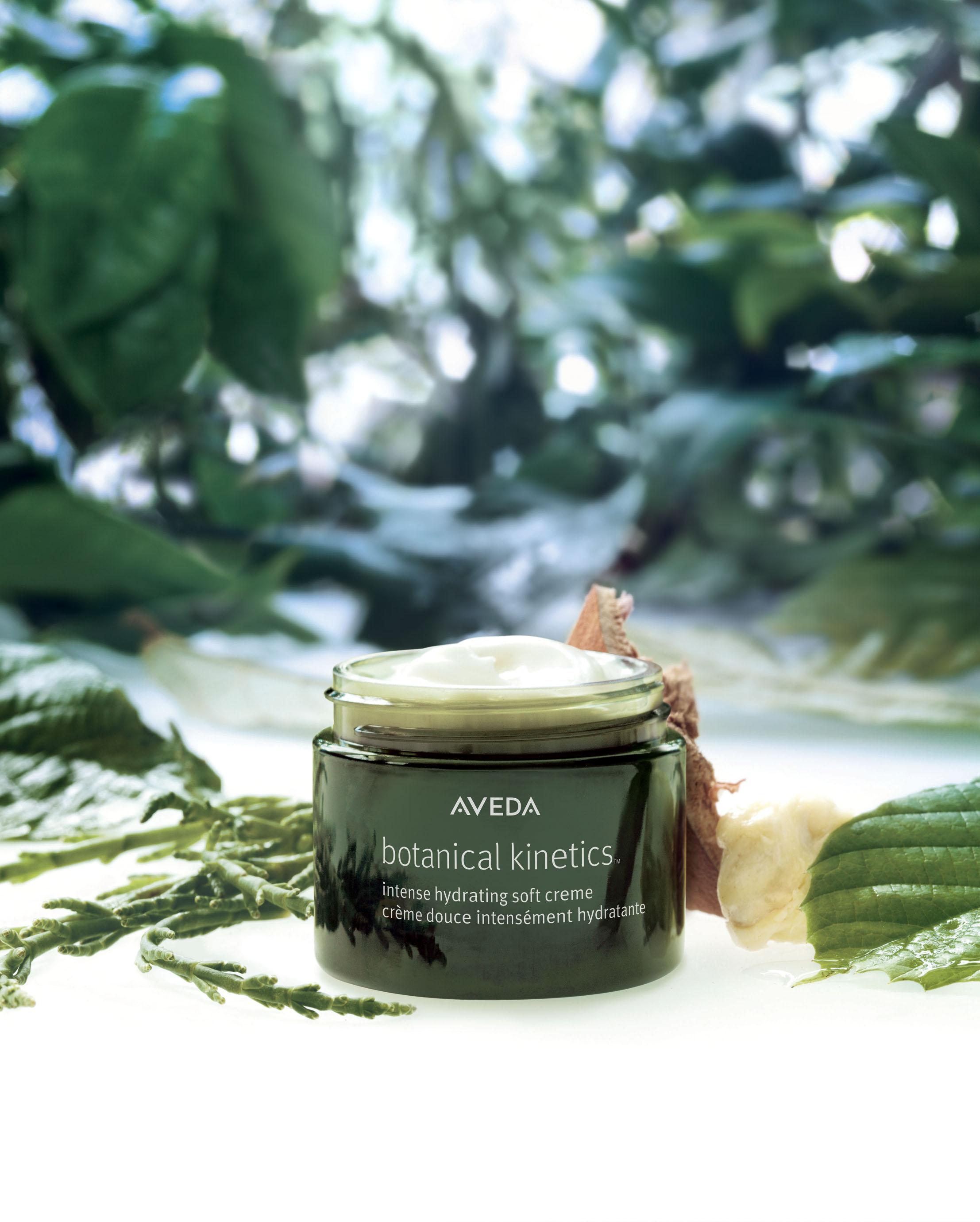Botanical_Kinetics_Intense_Hydrating_Soft_Creme_stylized_product_image.jpg