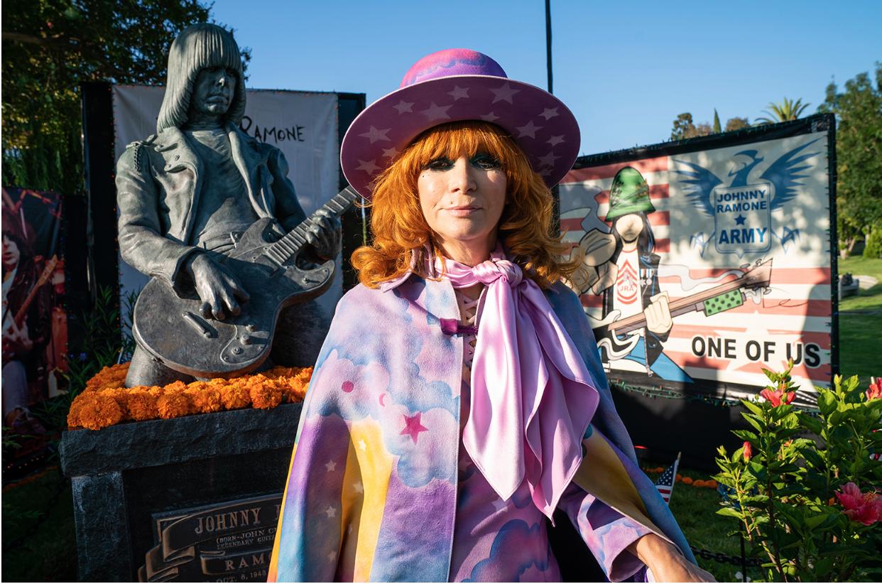 Linda Ramone Billboard.png