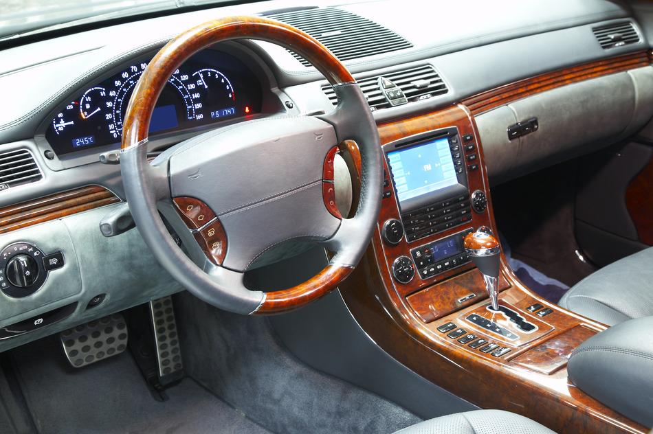 photodune-728115-car-interior-s.jpg