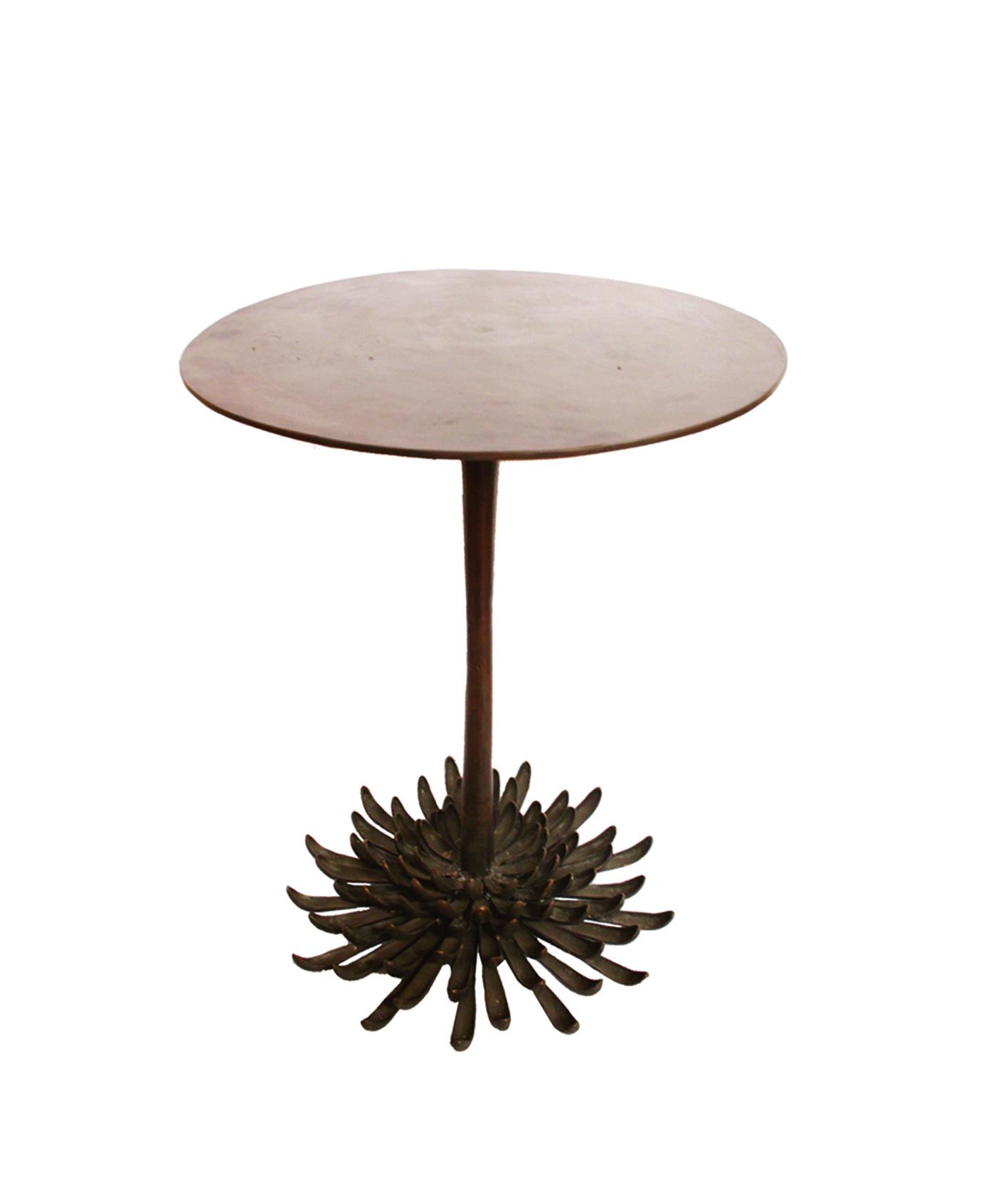 Chrysanthemum Table