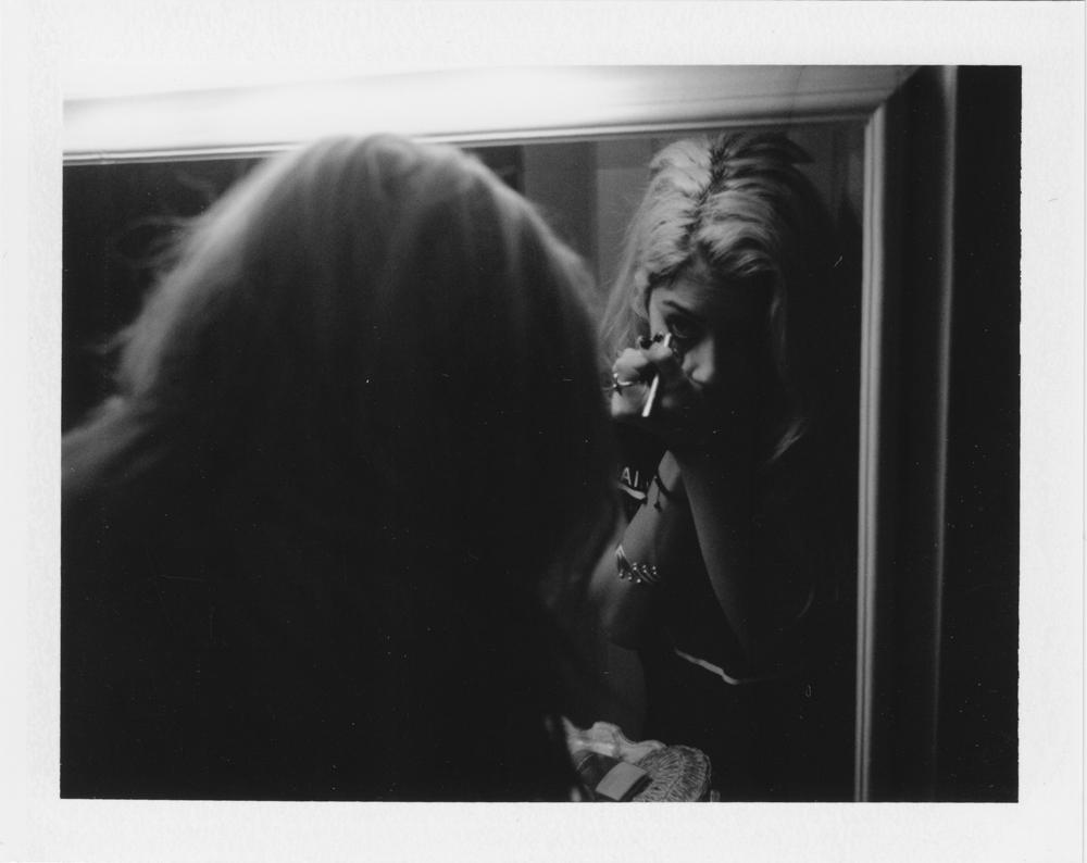 nix mirror.jpg