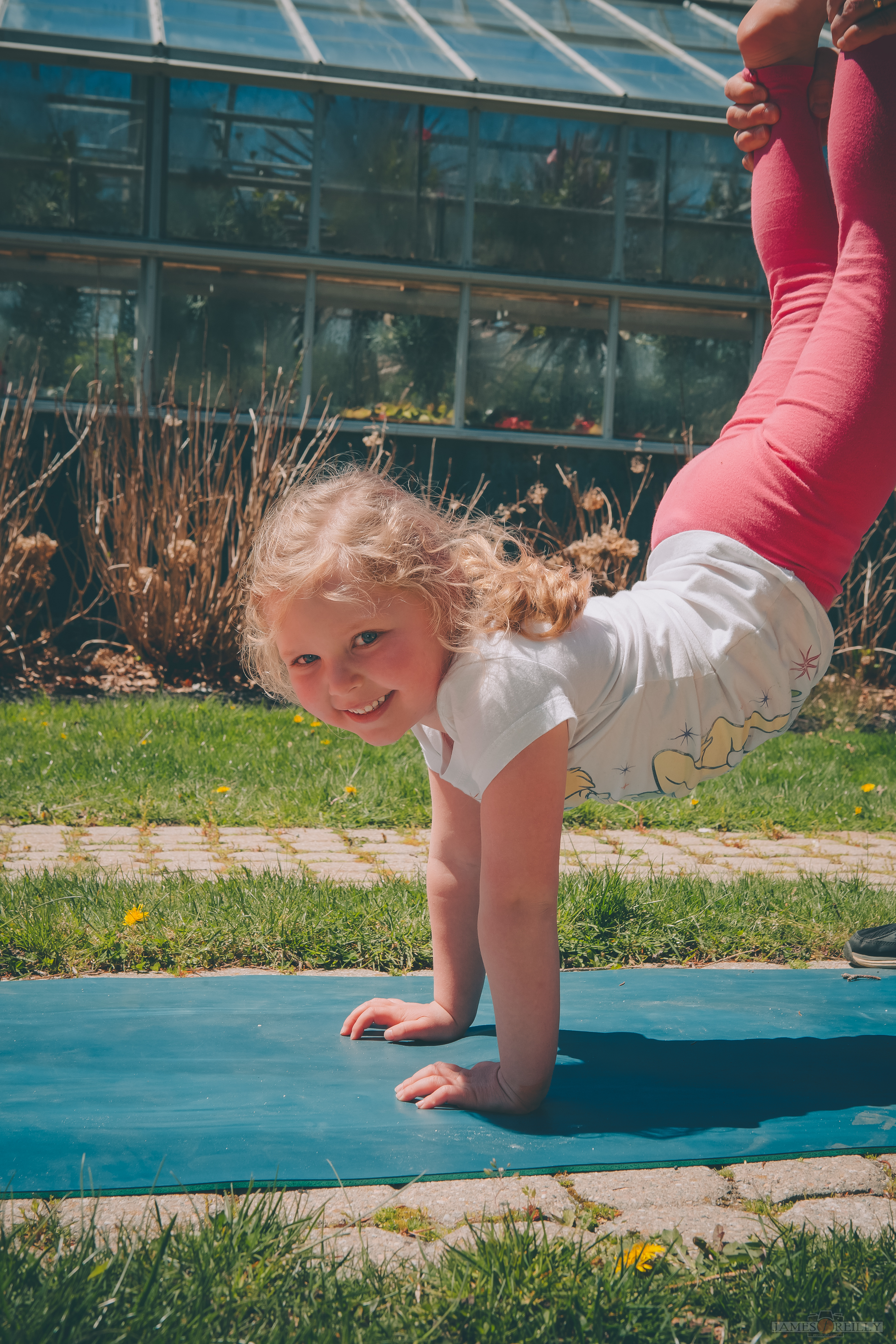 erin-yoga-kids-26.jpg