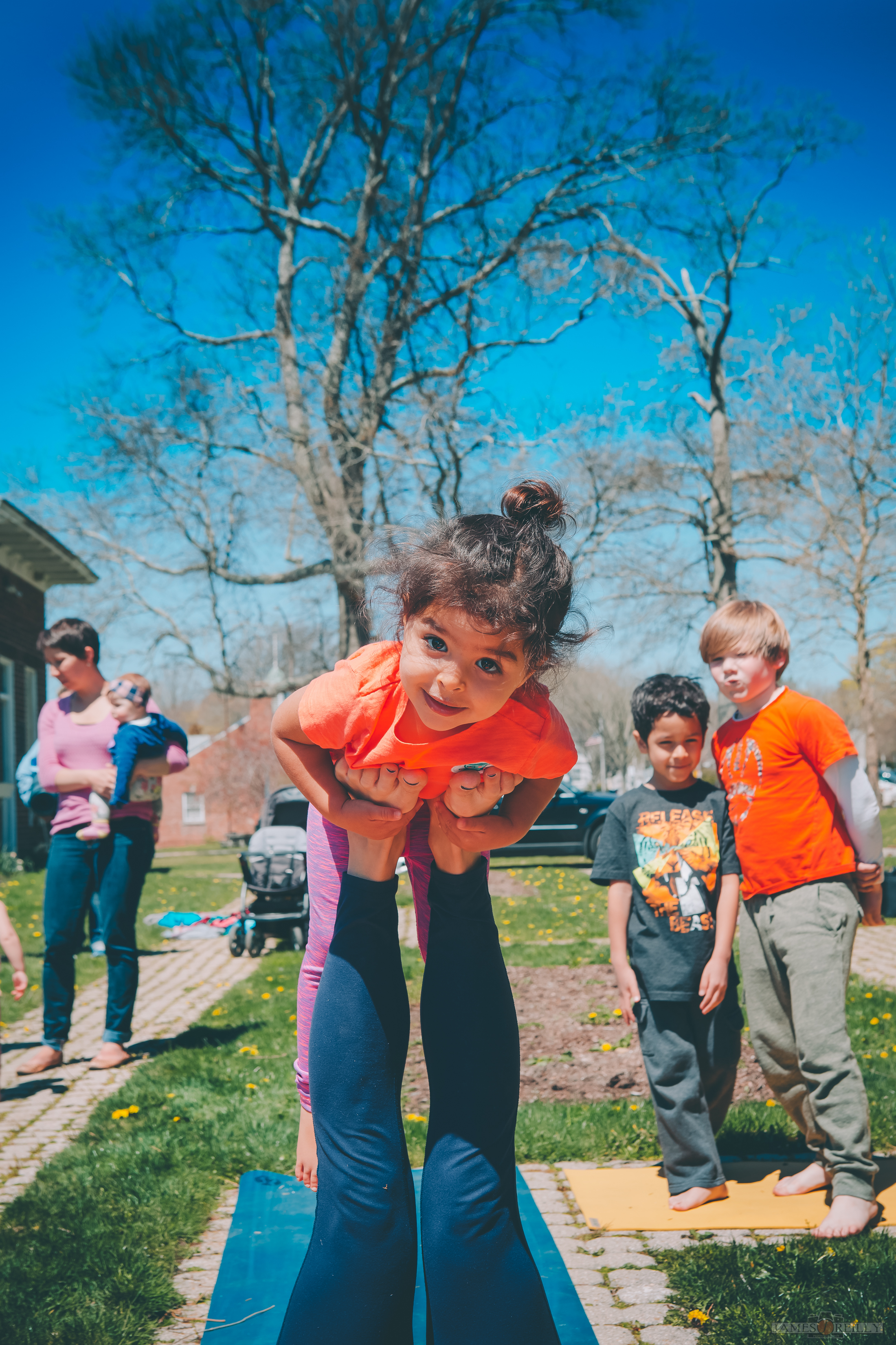 erin-yoga-kids-34.jpg