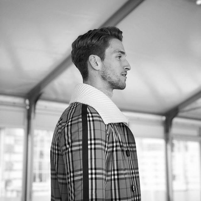Profile - @burberry - - -  #hanzdefuko #mensstyle #haircutlondon #haircut #highendbarbering #barber #barbering #menshair #getthelook #anthonymayeslondon #menshairdressing #model #photoshoot #photography #session #mensfashion #fashion #style #education #magazine #malegrooming #menshairstyles