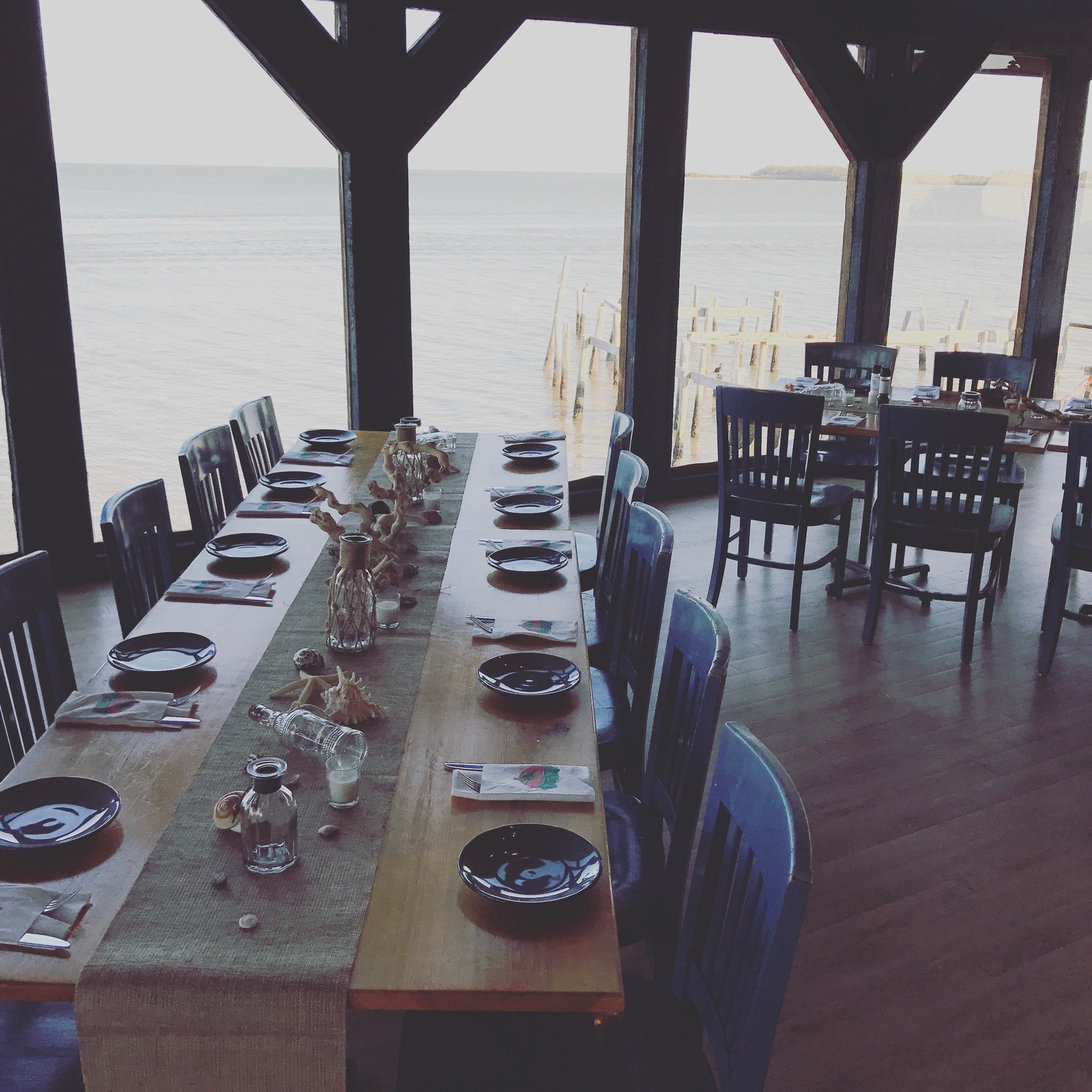 Private Events - 83 West and 29 North at 83 West are the PREMIER locations for your next private event in Cedar Key! With the BEST views and atmosphere in Cedar Key, you and your guests are sure to have an amazing event! Private Events are recommended for groups of 25+ guests depending on the type of event! We can help you host anything from a business conference to a full wedding and reception! For detailed Information and pricing for private events, fill out the form below and our events manager will be in contact with you as soon as possible!