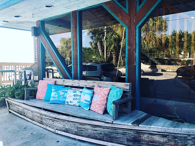 Come on out for a nice relaxing Friday in Cedar Key! See you soon! #dockstreet #cedarkey #CedarKeyEats