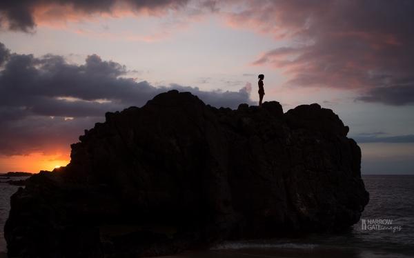 Waimea Bay Hawaii silhouette