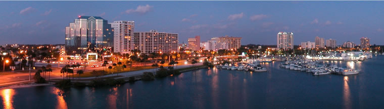 Enjoy the Sarasota Bayfront during the evening