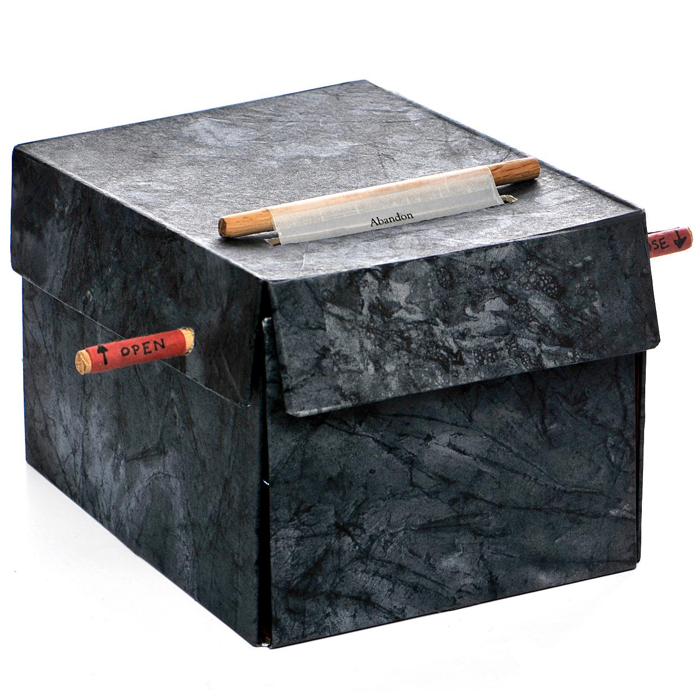 1closedbox.jpg