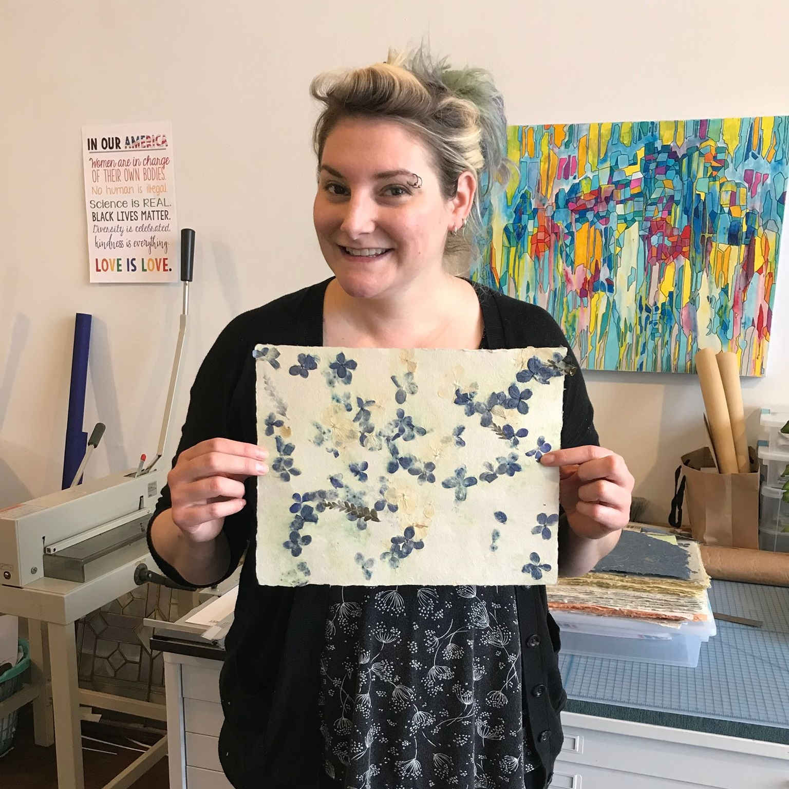 Featured Article on Buffalo Rising - Sara Ali of Buffalo Rising came to the studio to interview Janna and to learn what Papercraft Miracles is all about!
