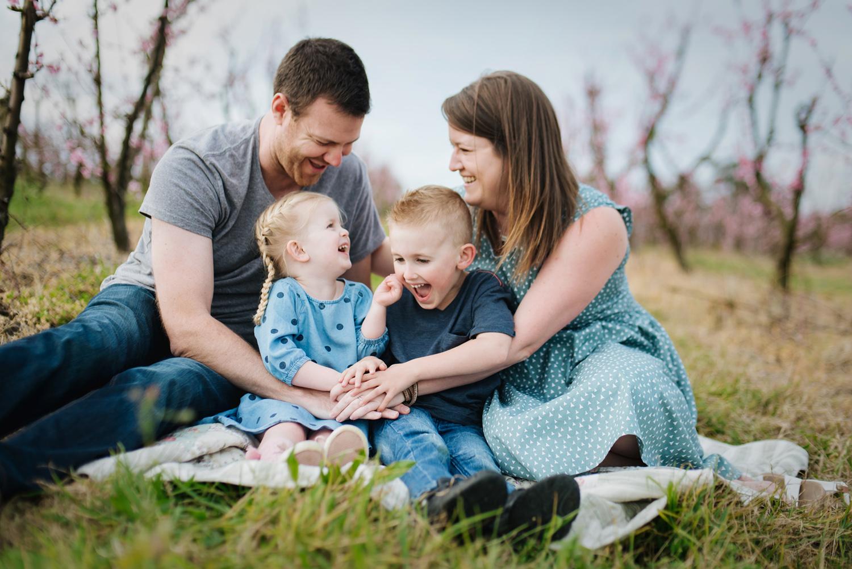 Fun family photos in Sydney by Cindy Cavanagh