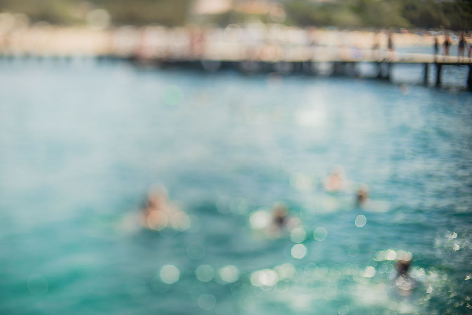 Freelensed image of the Boardwalk at Balmoral Beach, Sydney, by Cindy Cavanagh