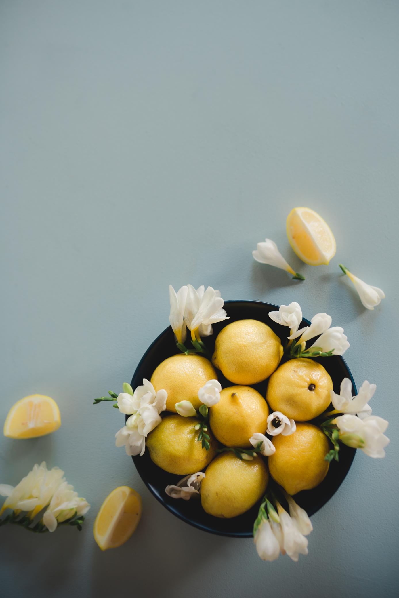 flatlay-photographer-sydney-lemons-and-frescias