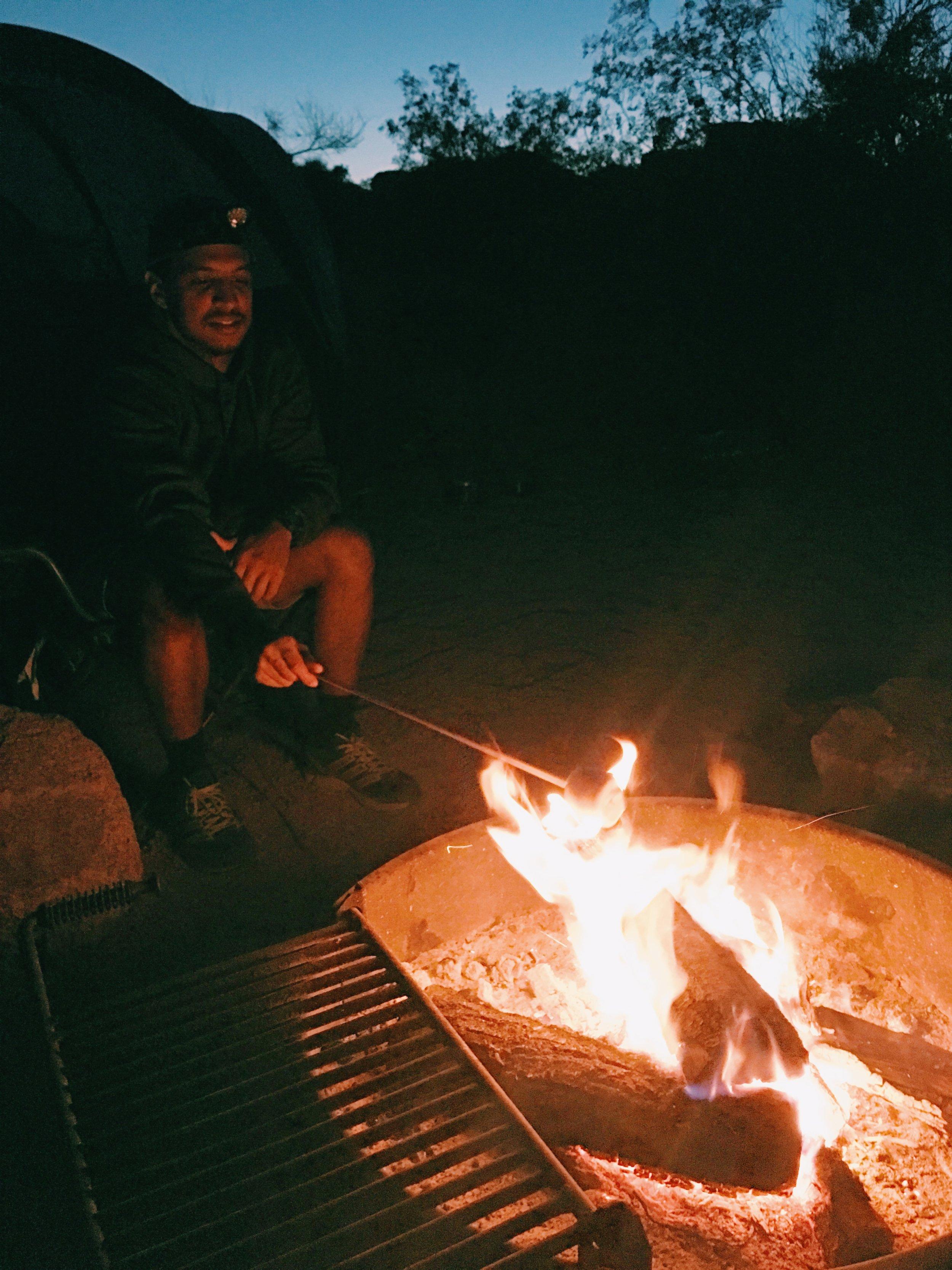 smores-bonfire