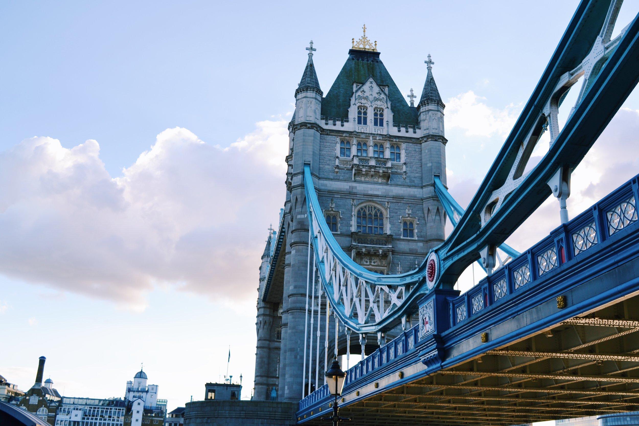 photo-of-london-bridge