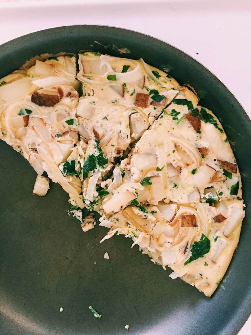 healthy-eggs-and-potatoes-omelette-recipe