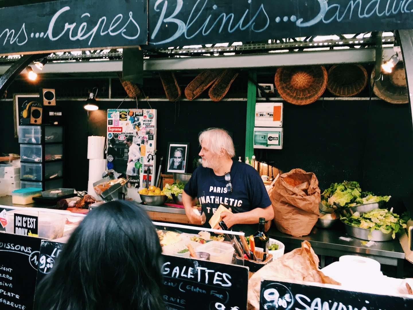 crepes-and-sandwhich-stand-le-marais-paris.JPG