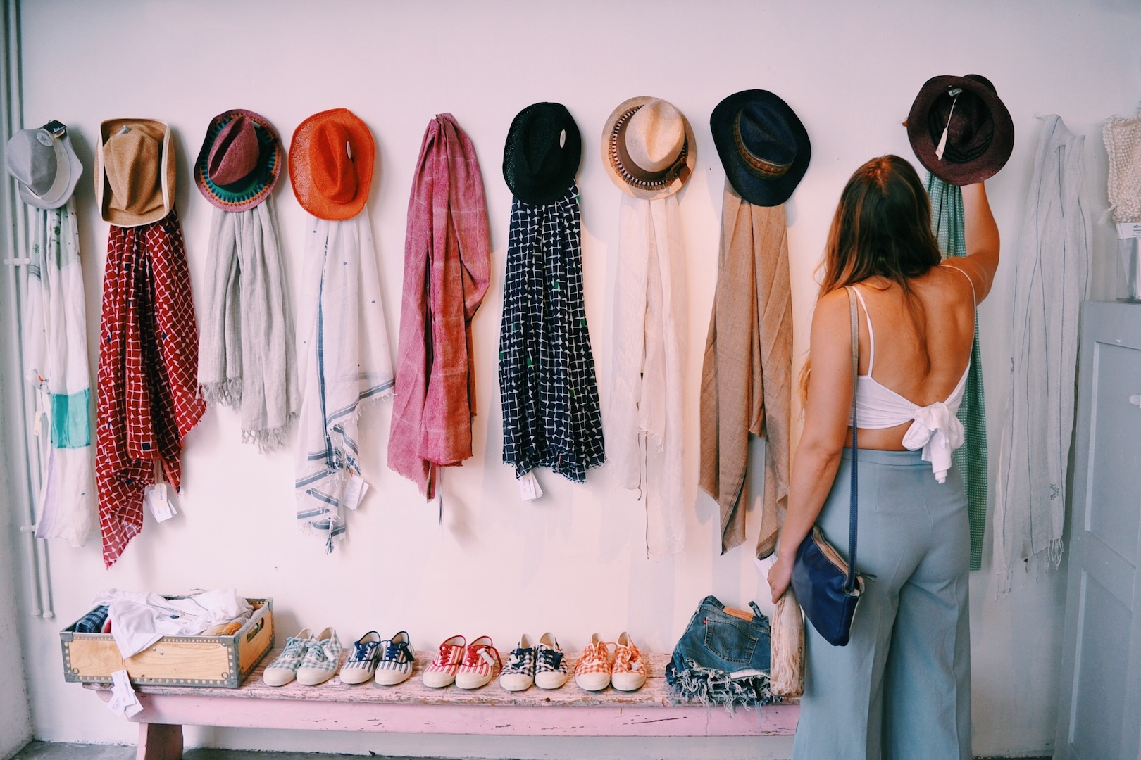 hats-and-accessories-merci-store-paris.JPG