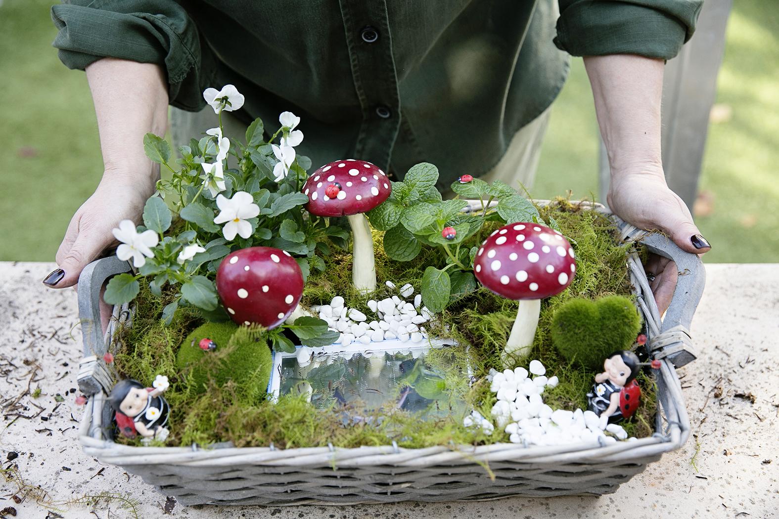 Fairy Garden 021 copy.jpg