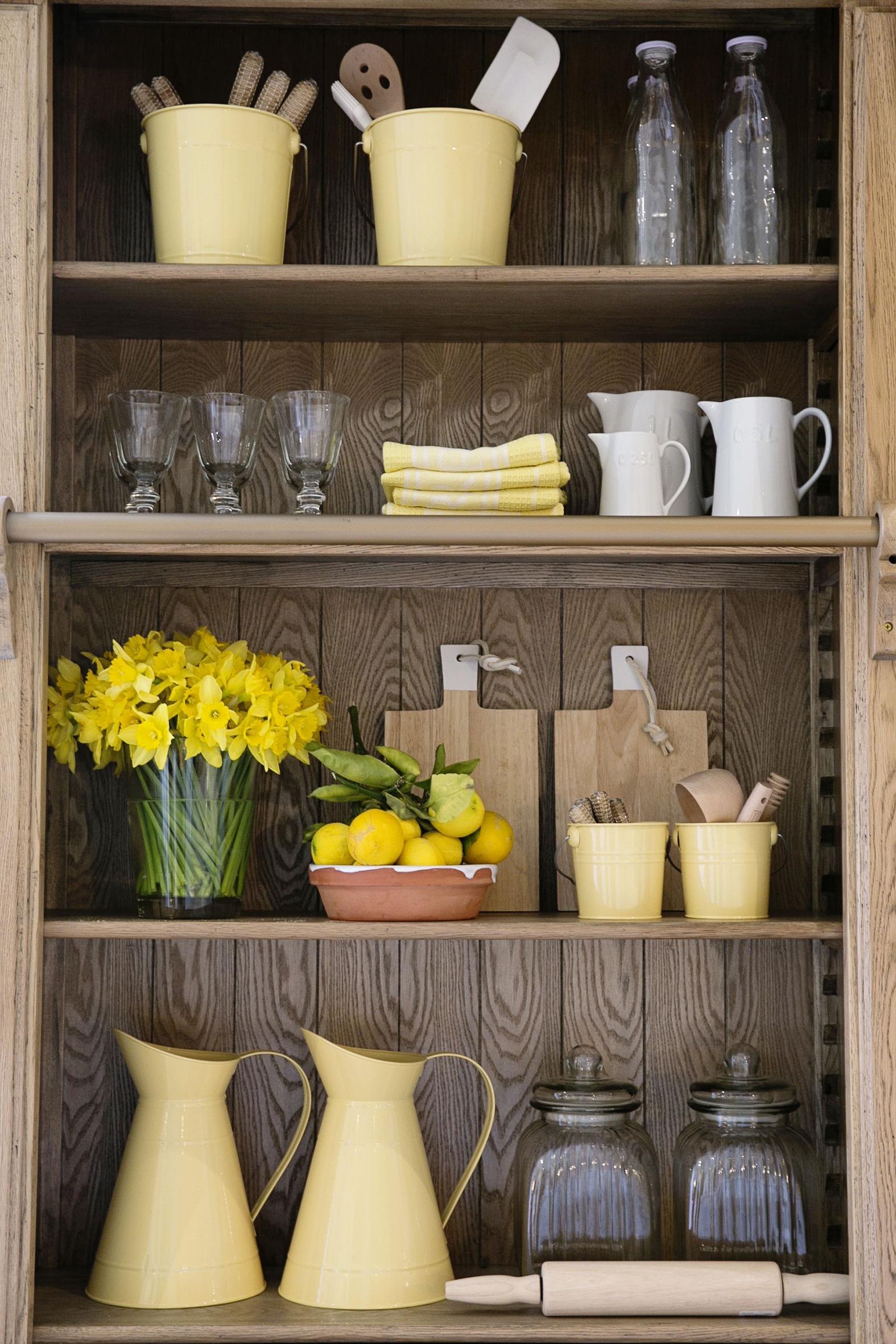 Yellow Bookcase 003 copy.jpg
