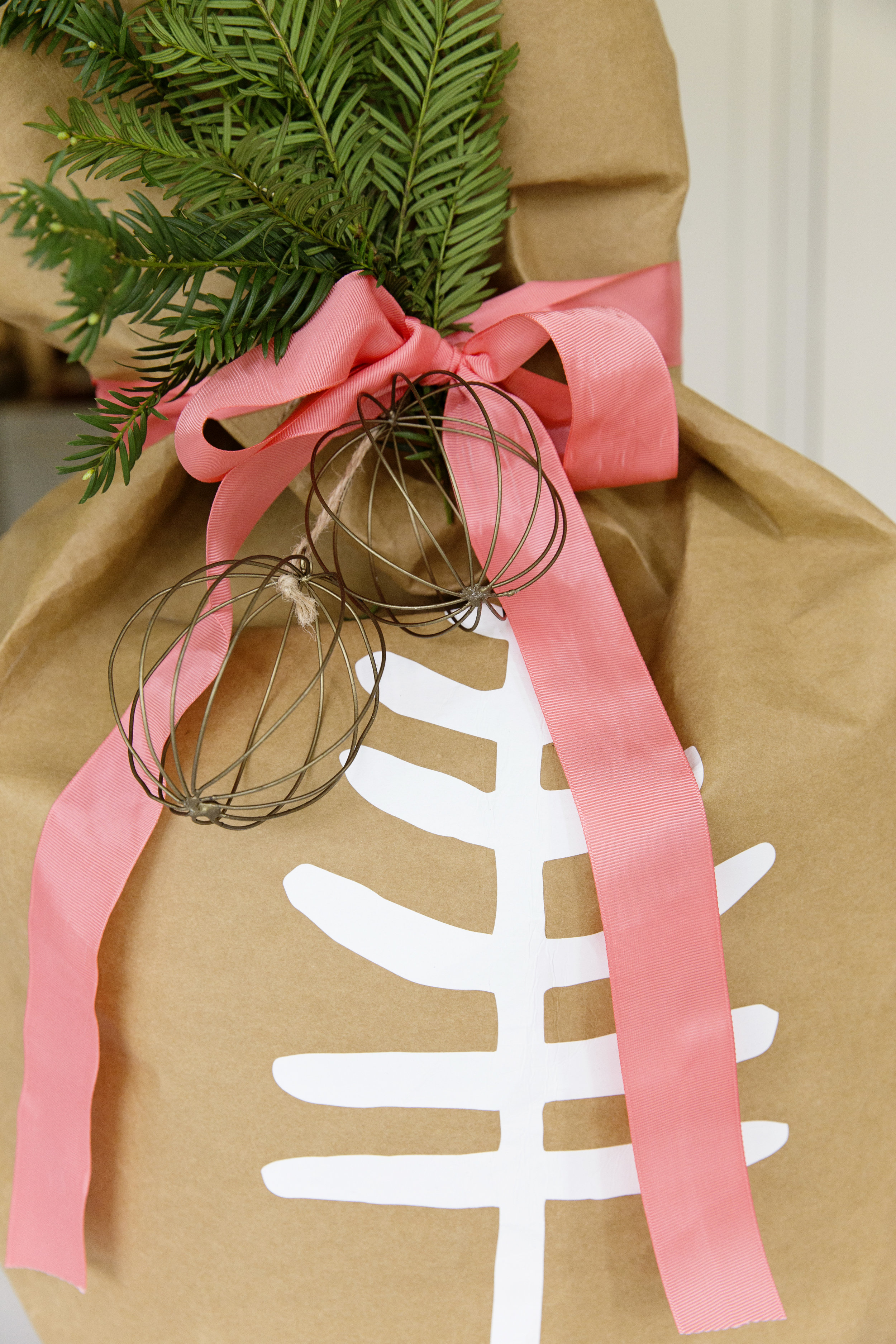 Gift Wrapping 046.JPG