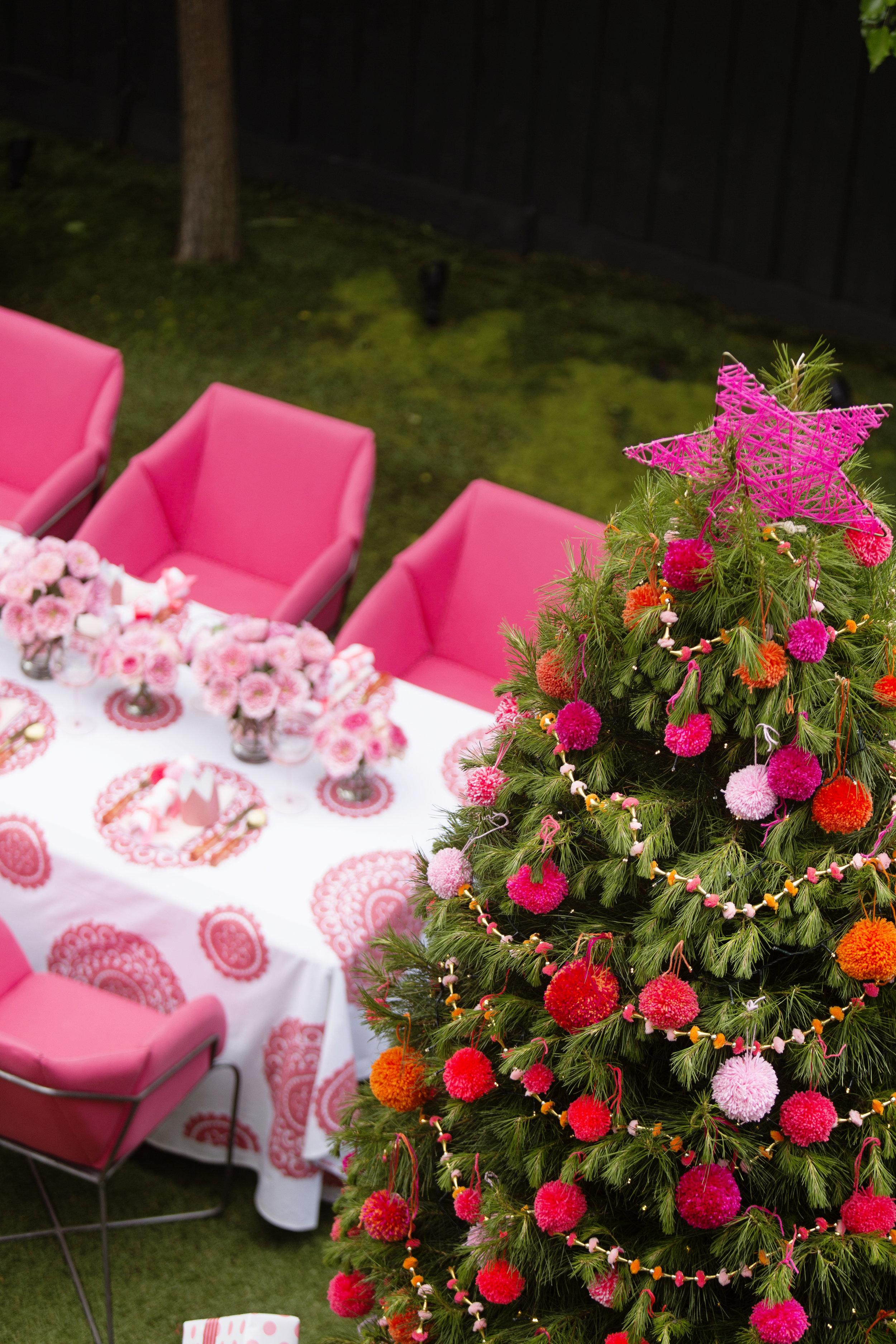 Christmas Table 041.JPG