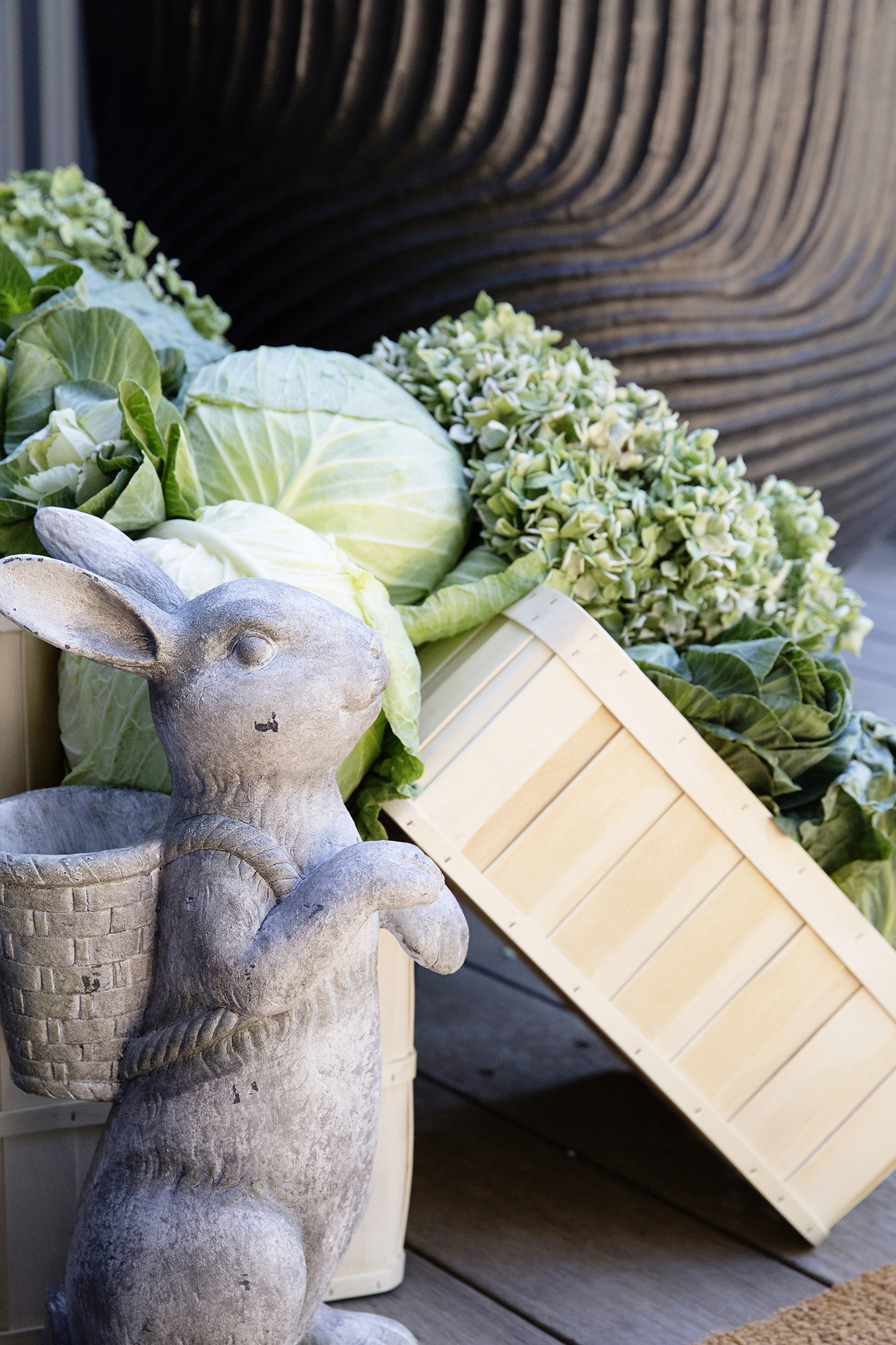 Easter Cabbage Table 058.JPG