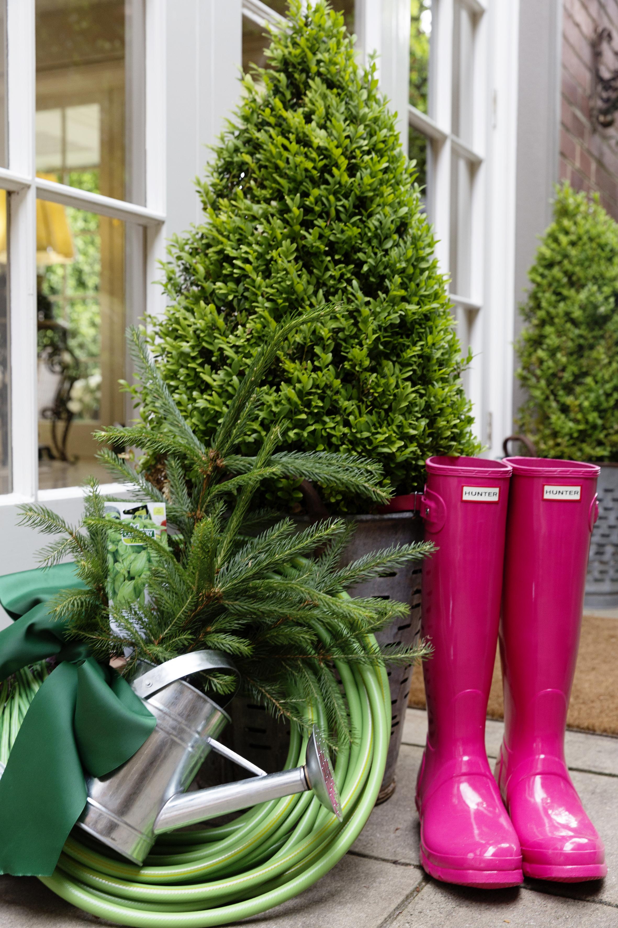 Christmas Boots 008.JPG