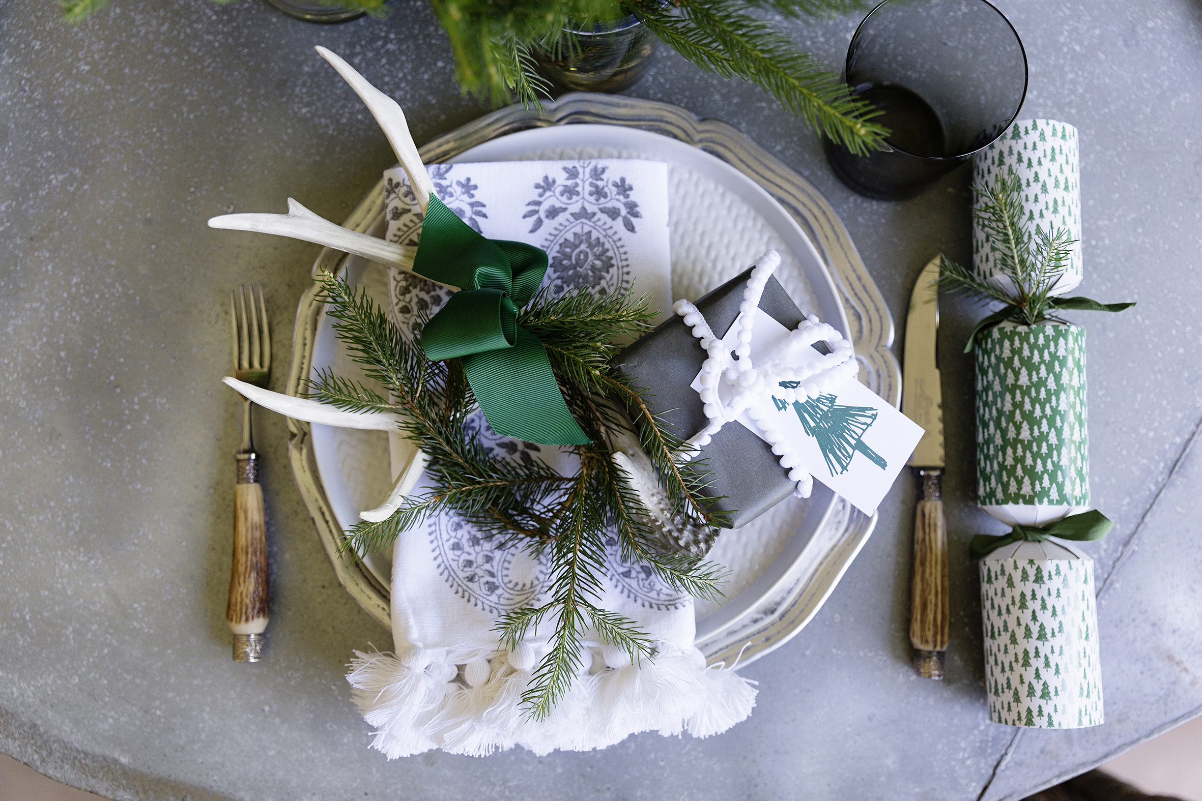 Christmas Table 013.JPG