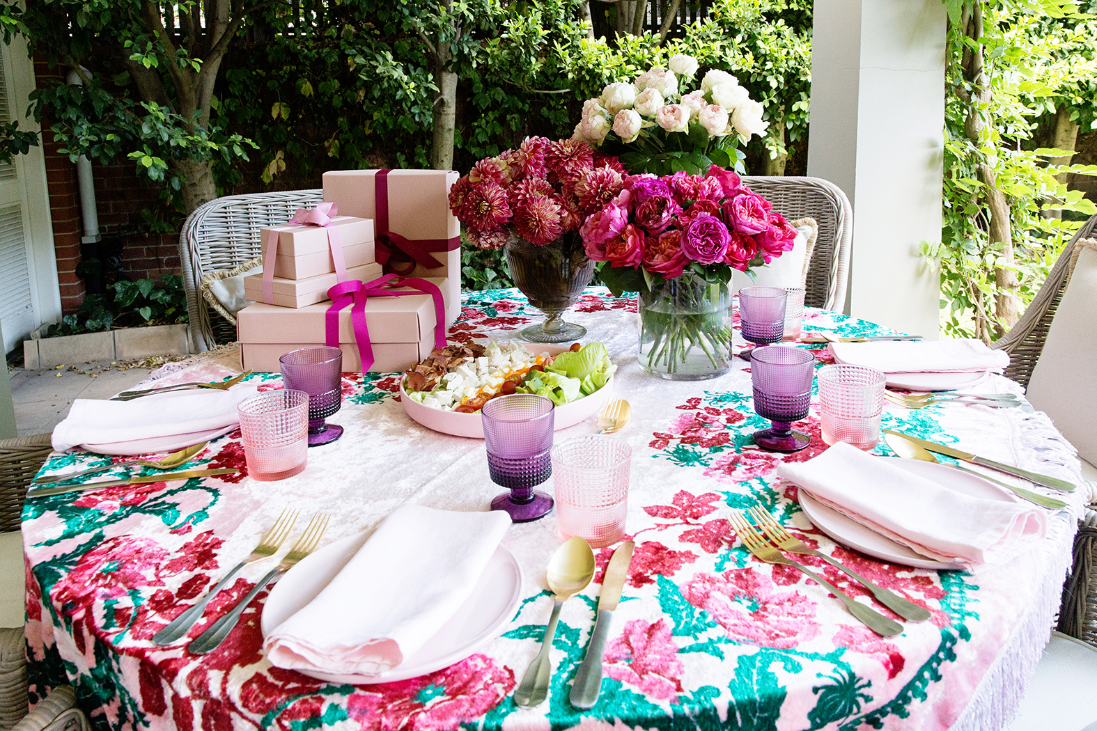 Mothers Day Table 013.jpg